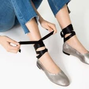 ZARA - SILVER BALLET FLATS WITH TIES, Size 5